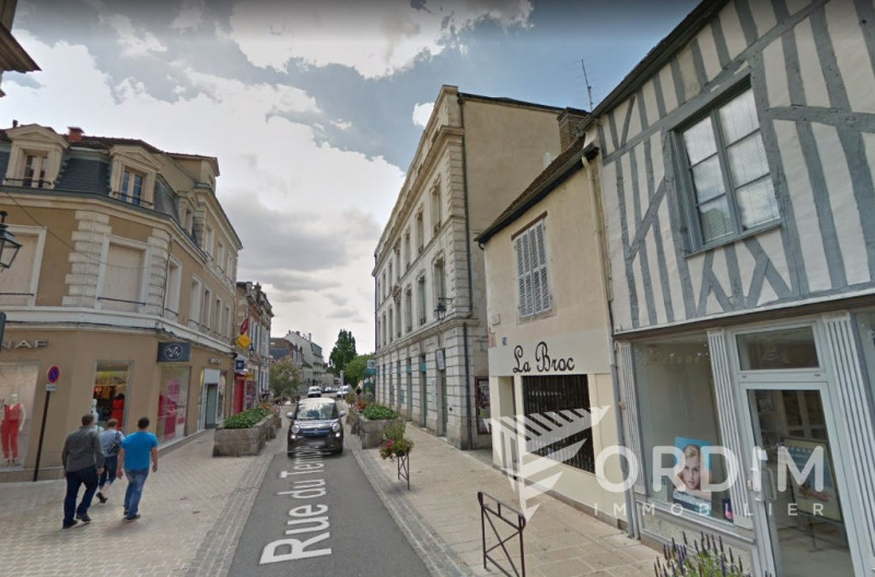 Location local commercial Auxerre 750€ HC - Photo 2