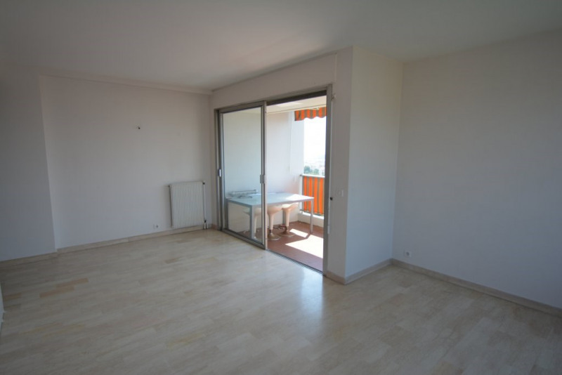 Sale apartment Antibes 300 000€ - Picture 5