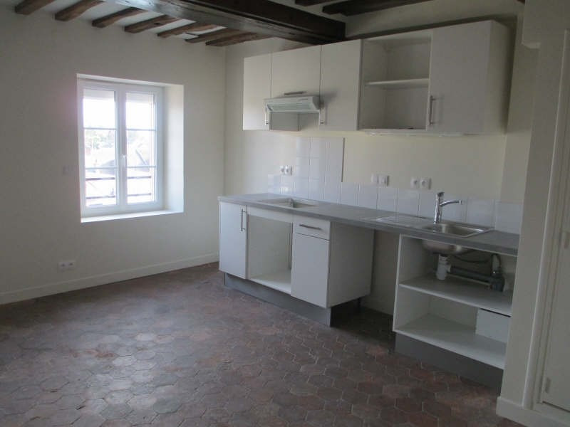 Rental apartment Neuilly en thelle 625€ CC - Picture 1