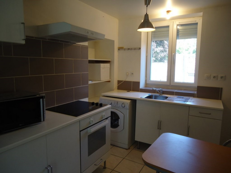 Investment property apartment Cremieu 79 900€ - Picture 2