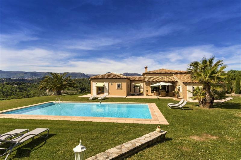 Deluxe sale house / villa Cagnes sur mer 1500000€ - Picture 1