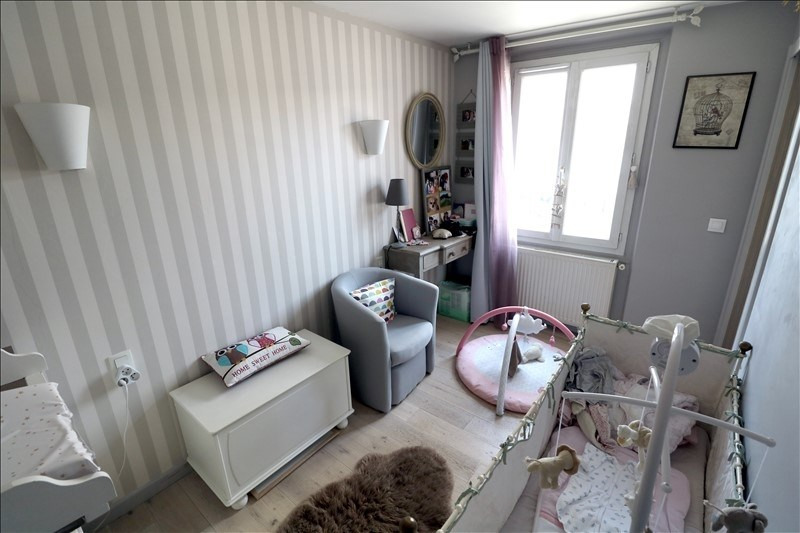 Sale apartment Versailles 250 000€ - Picture 5