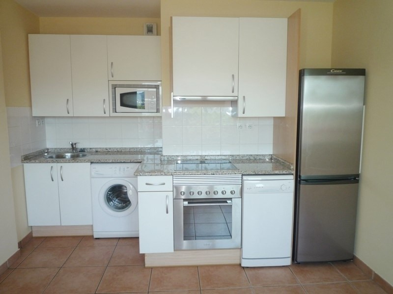 Sale apartment Hendaye 100000€ - Picture 2