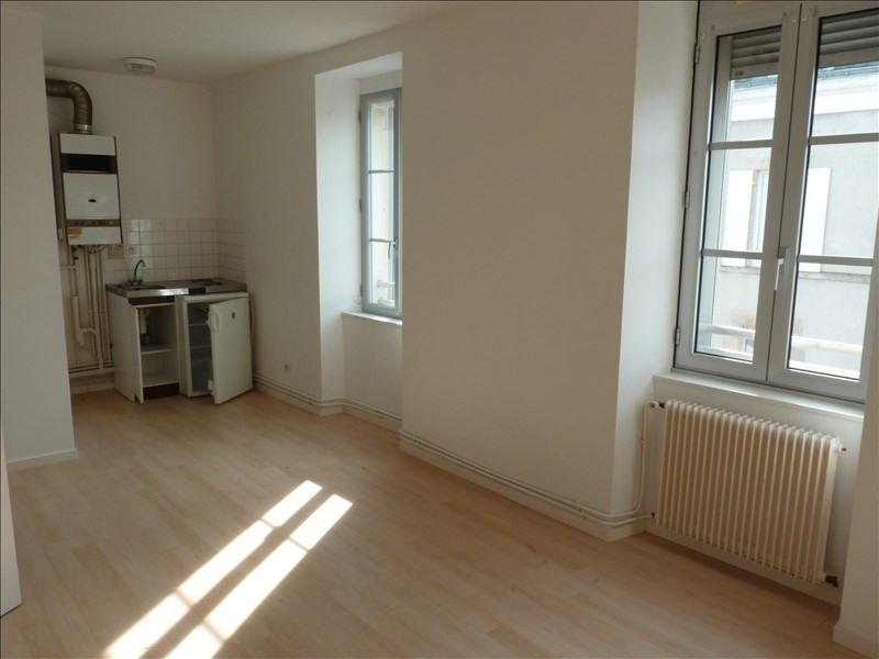 Rental apartment La roche sur yon 355€ CC - Picture 1