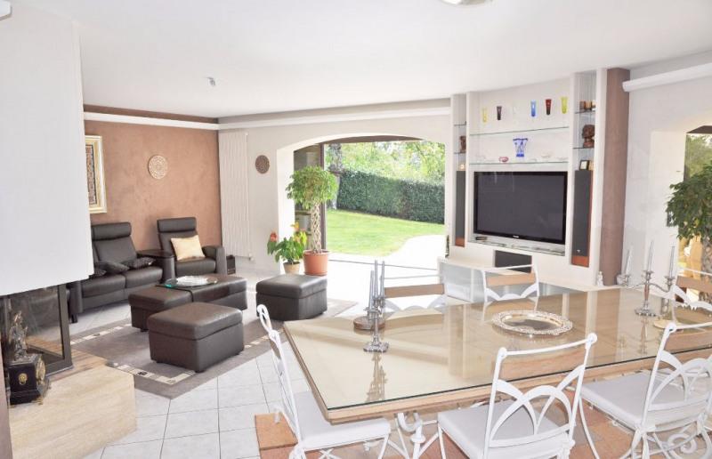 Deluxe sale house / villa Saint berthevin 582000€ - Picture 5