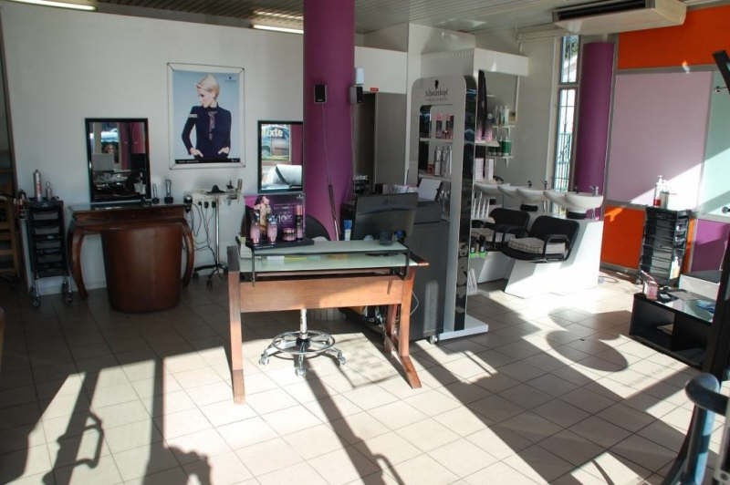 Commercial property sale shop Gazinet 60000€ - Picture 1