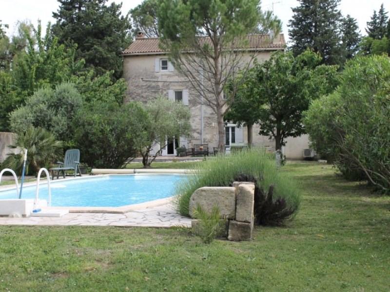 Deluxe sale house / villa Barbentane 585000€ - Picture 1
