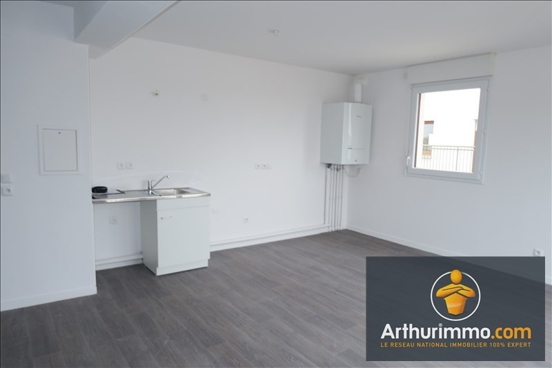 Location appartement Vert st denis 839€ CC - Photo 3