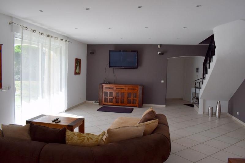 Vente de prestige maison / villa Bagnols-en-forêt 598000€ - Photo 11