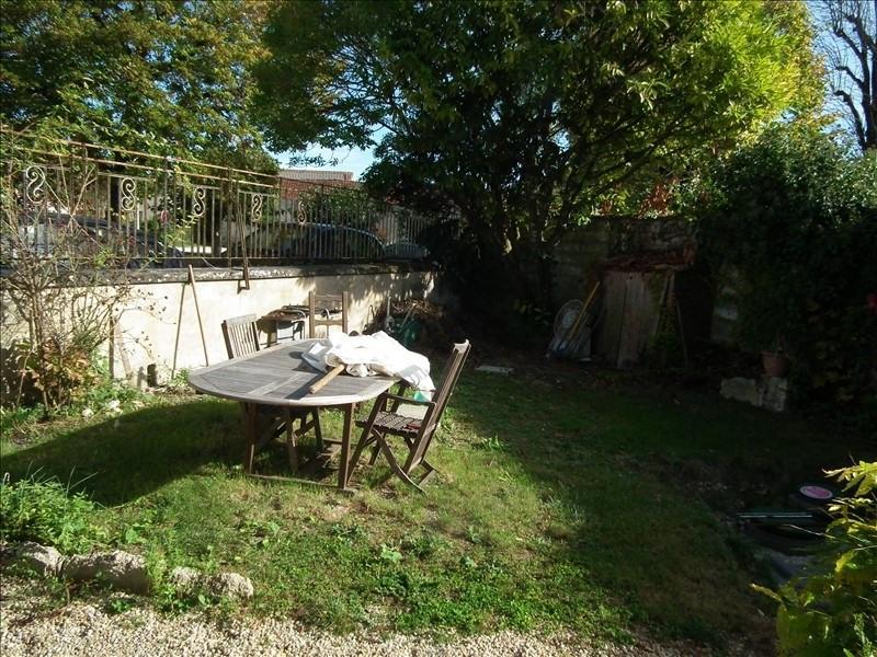 Sale house / villa Blanzac les matha 91800€ - Picture 17