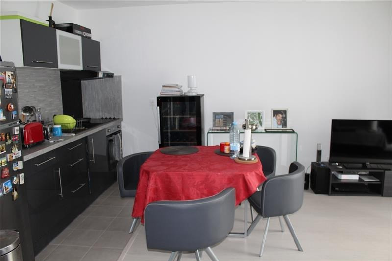 Sale apartment Colombes 236500€ - Picture 2