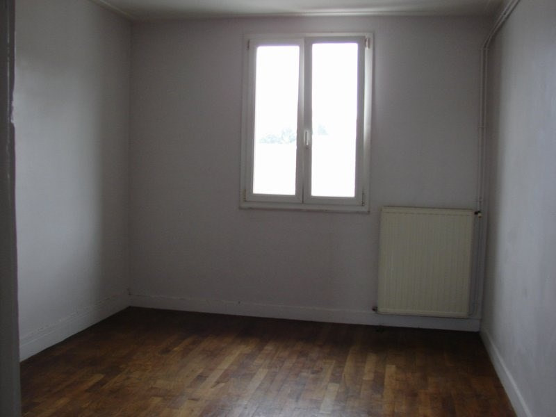 Location appartement St lo 257€ CC - Photo 1