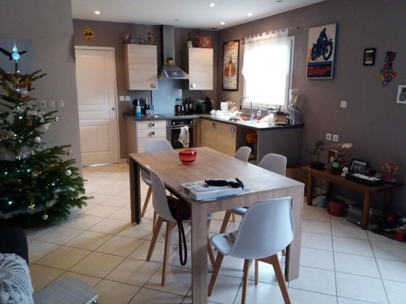 Rental apartment La cote saint andre 520€ CC - Picture 3