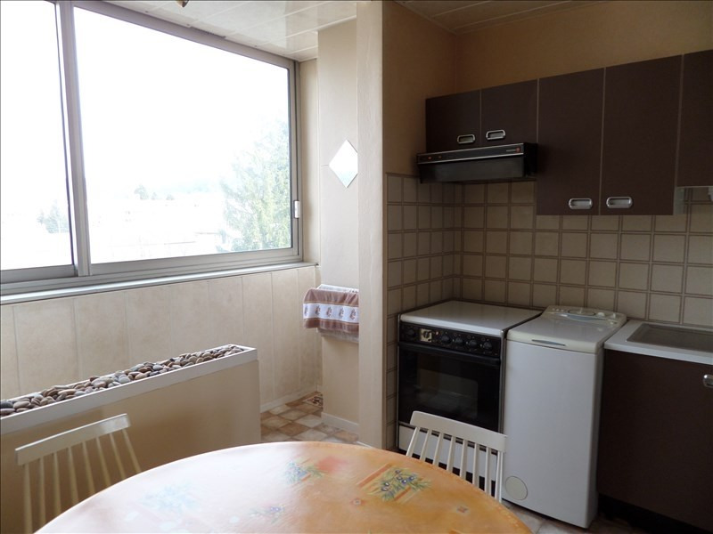 Sale apartment Oyonnax 114000€ - Picture 2