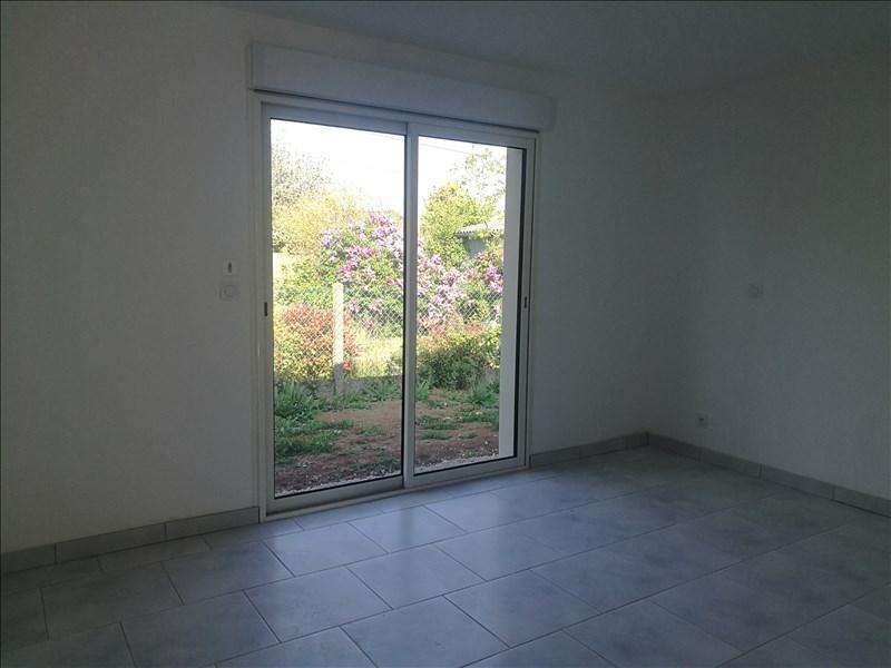 Sale house / villa La chaussee st victor 235000€ - Picture 4