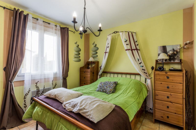 Vente maison / villa Althen des paluds 305000€ - Photo 6