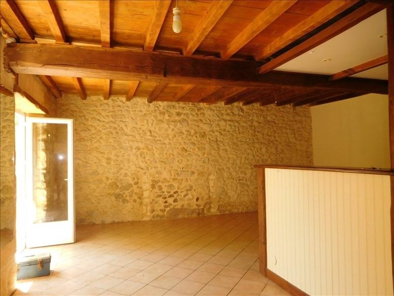 Location maison / villa St andre de cubzac 700€ CC - Photo 2