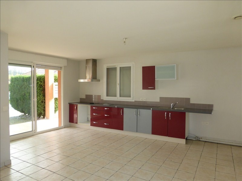 Location maison / villa Sauvagnon 870€ CC - Photo 3