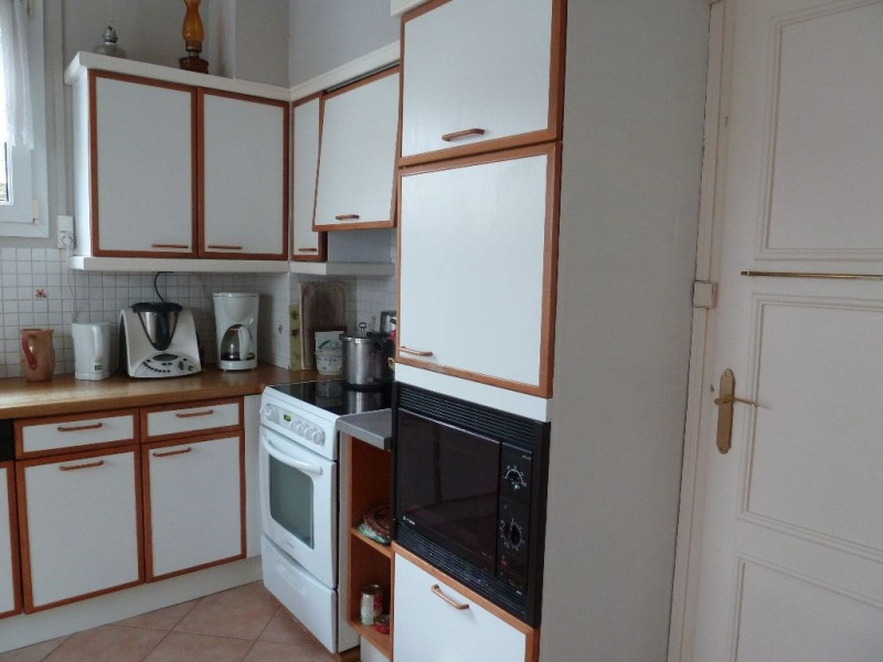 Sale house / villa Breteuil 234000€ - Picture 6