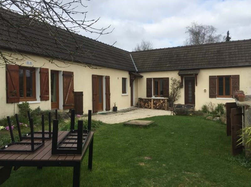 Sale house / villa Villeneuve les sablons 184000€ - Picture 1