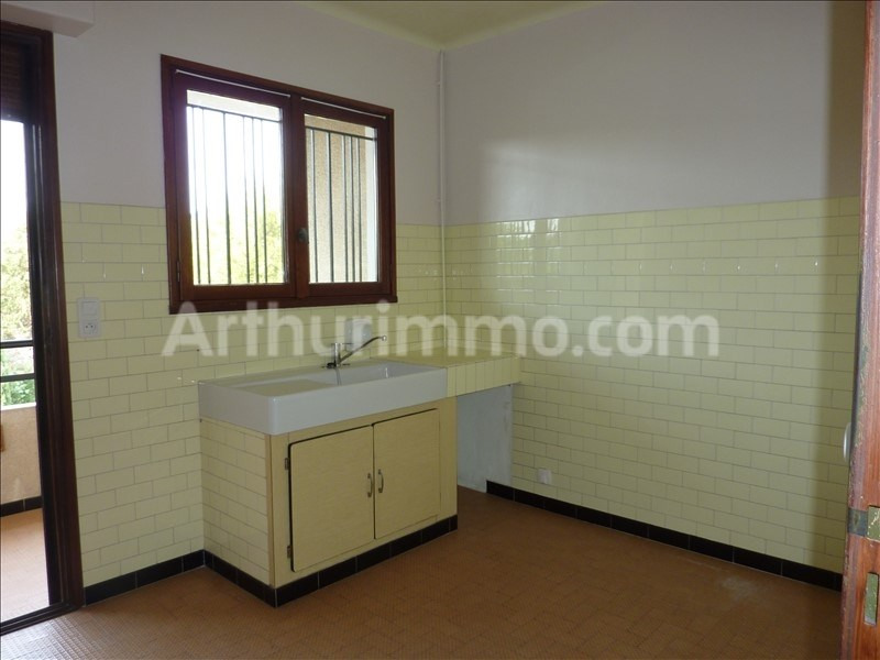 Rental apartment Saint-aygulf 806€ CC - Picture 4