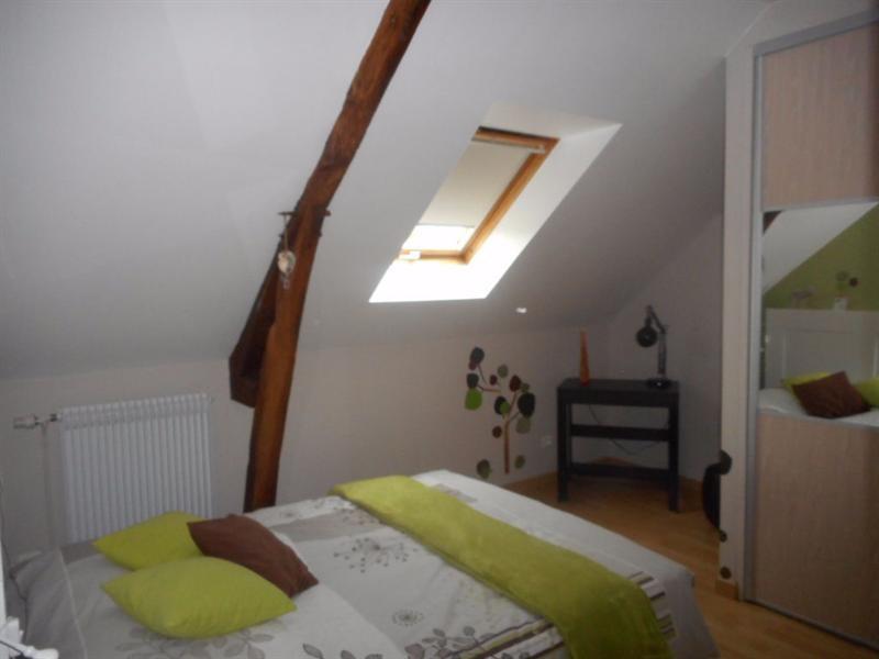 Sale house / villa La neuville sur oudeuil 290000€ - Picture 5