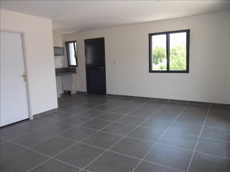 Location appartement Yenne 650€ CC - Photo 3