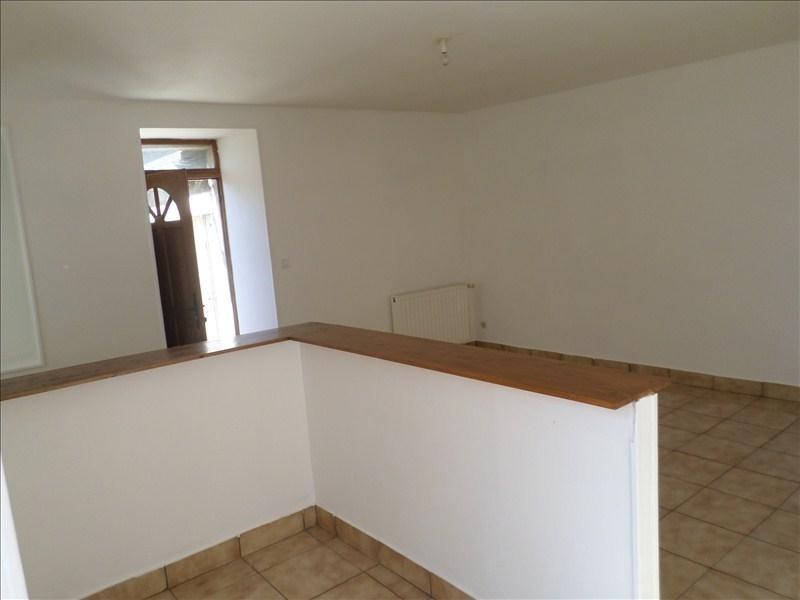 Location appartement Lussac les chateaux 330€ +CH - Photo 2