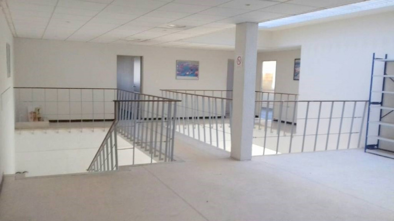 Location bureau Avignon 5 500€ CC - Photo 2