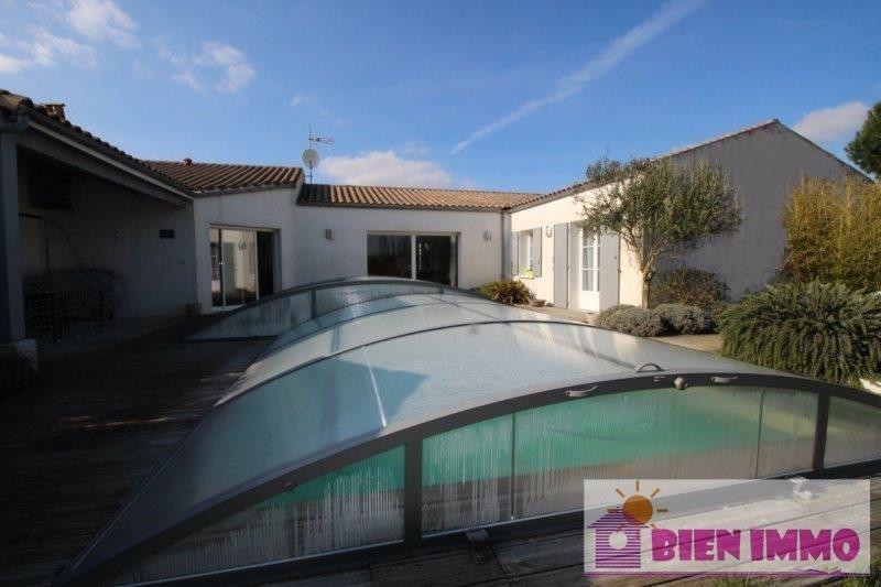 Sale house / villa L eguille 329800€ - Picture 1