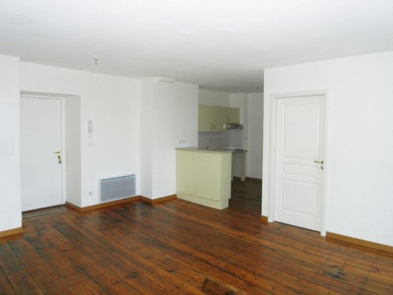 Location appartement Cognac 505€ CC - Photo 1
