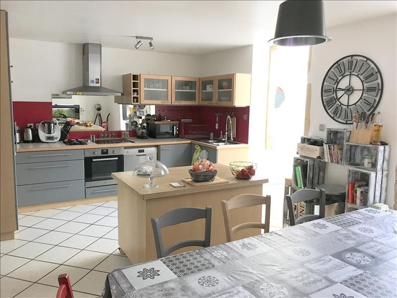 Rental apartment Roanne 580€ CC - Picture 1