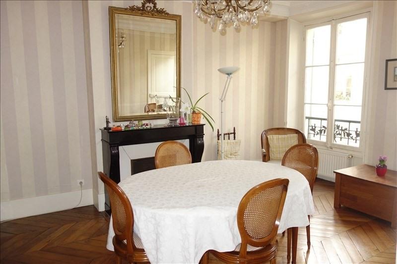 Sale apartment Versailles 595000€ - Picture 1
