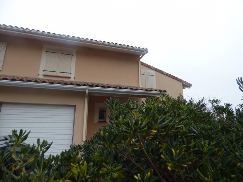 Vente maison / villa L isle jourdain 174000€ - Photo 2