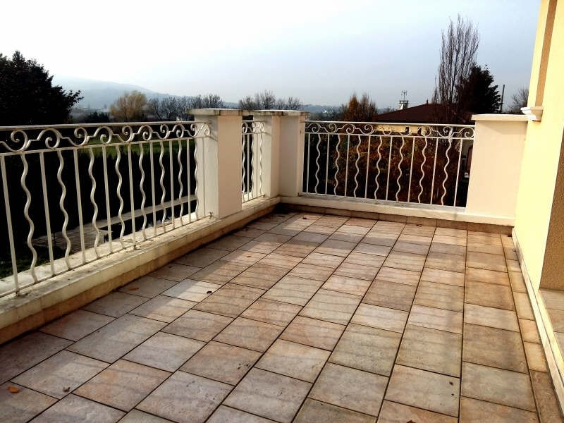 Rental house / villa Genay 2 500€ CC - Picture 8