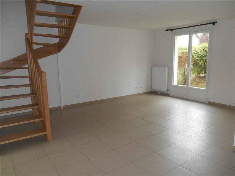 Location maison / villa Breviandes 770€ CC - Photo 3