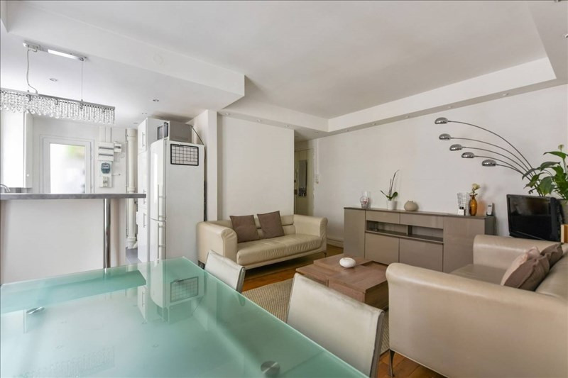 Rental apartment Paris 17ème 2250€ CC - Picture 5