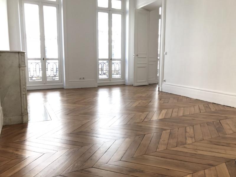 Rental apartment Paris 9ème 4799€ CC - Picture 3