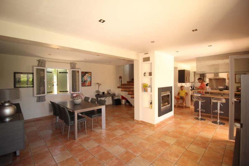 Sale house / villa St chamas 446500€ - Picture 2
