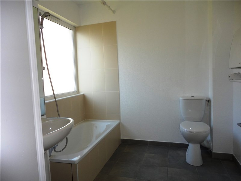 Location appartement Toulon 410€ CC - Photo 4
