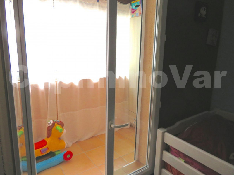 Sale house / villa Le beausset 286000€ - Picture 7