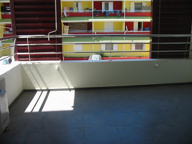Location appartement Sainte clotilde 570€ CC - Photo 6