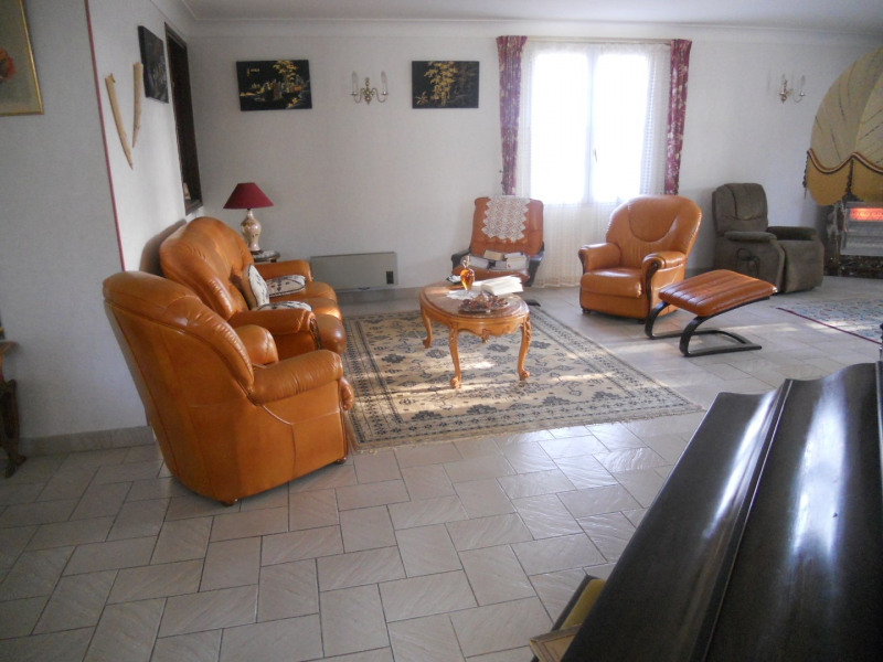 Vacation rental house / villa Royan 1 268€ - Picture 5