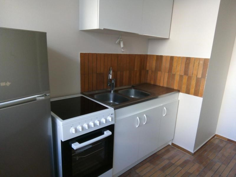 Location appartement Vichy 450€ CC - Photo 2