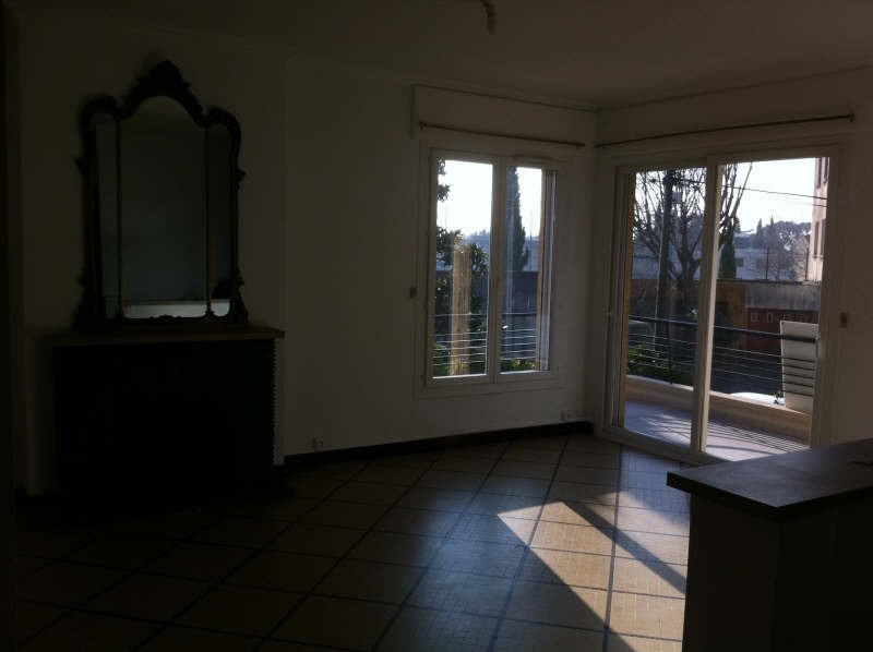 Location appartement Nimes 810€ CC - Photo 2