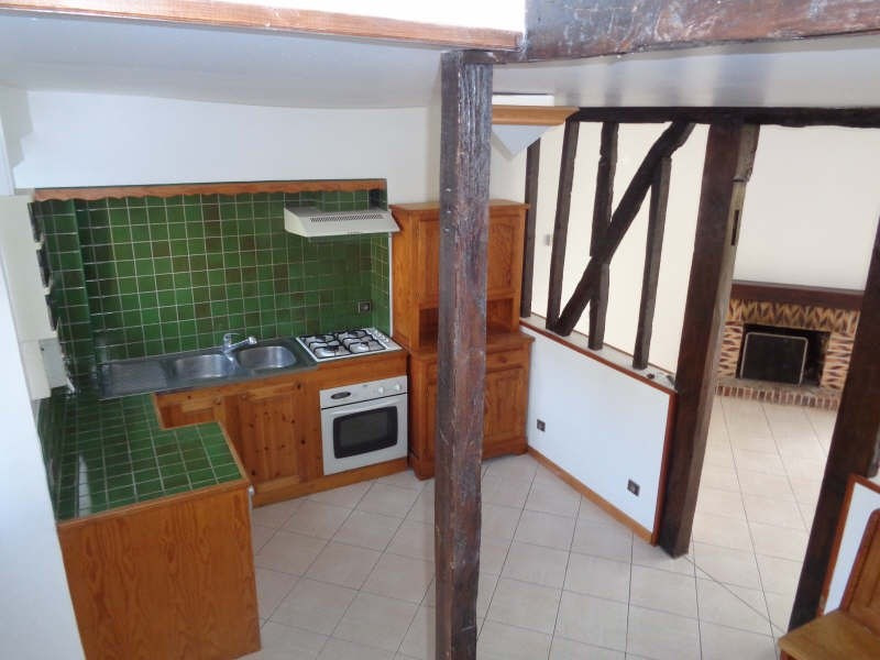 Location maison / villa Fontenay le fleury 1 306€ +CH - Photo 2