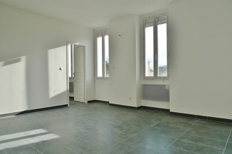 Sale apartment Marseille 4ème 109 000€ - Picture 3