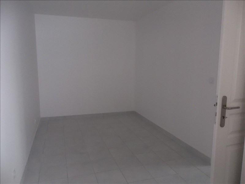 Rental apartment Pont de cheruy 730€ CC - Picture 3