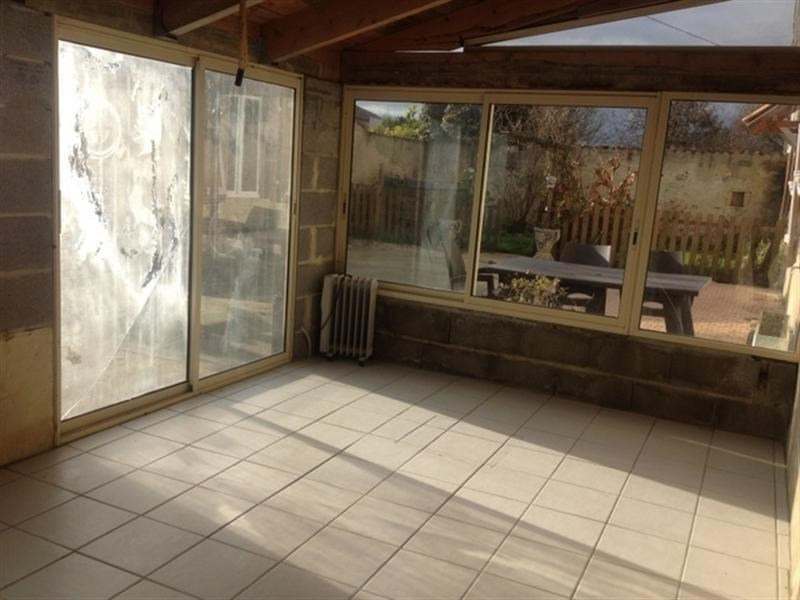Sale house / villa St jean d angely 107000€ - Picture 5