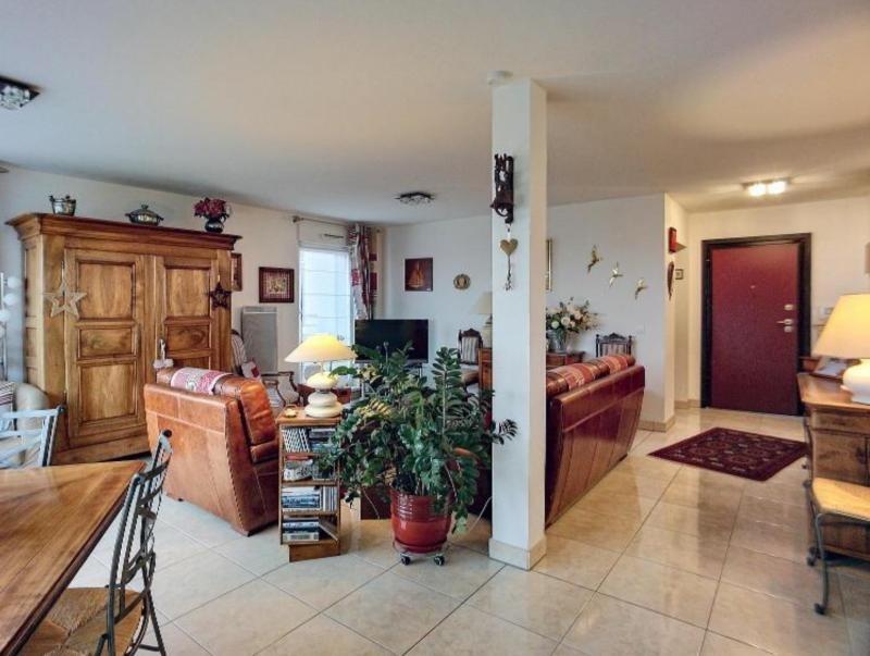 Sale apartment Hoenheim 396550€ - Picture 1